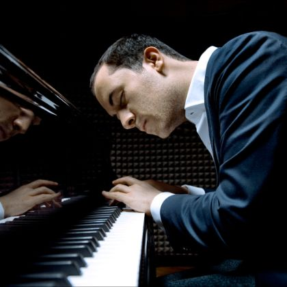 /steinway.com-americas/news/features/igor-levit-unscripted